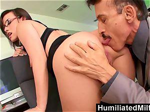 HumiliatedMilfs Jennifer white bent Over