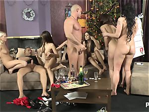 The hook-up Game before Christmas scene trio