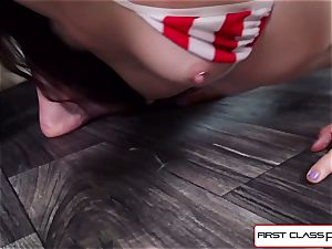 watch Bobby Dylan deep-throats and pulverize your boner in point of view style