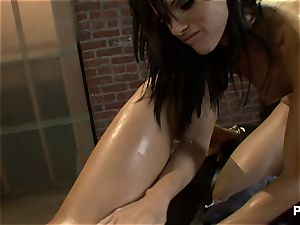 killer dark-haired seducing her masseuse