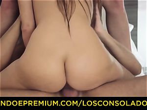 LOS CONSOLADORES - super-cute stunner naked massage and threeway