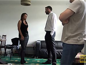busty milf Sienna Hudson gets her coochie bashed firm