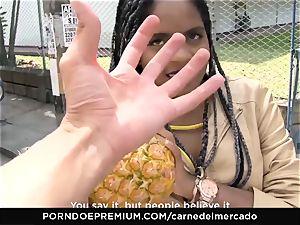 CARNE DEL MERCADO - nice brazilian cutie oily orgy session