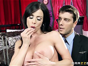 fortunate fellow has epic romp with super-sexy mummy Kendra zeal