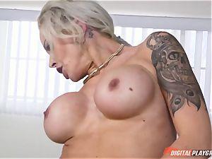 super-steamy ass blondie Nina Elle slammed in her minge