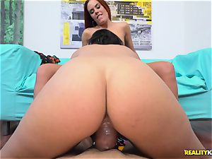 Spanish honeypot penetrating activity with warm honies Gaia chocolate-colored and Claudia Bavel