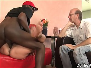 dark-hued guy penetrates wife Nikita Denise