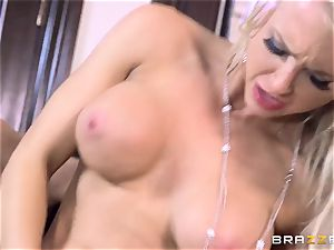 Alix Lynx and Peta Jensen give this stud a warm surprise