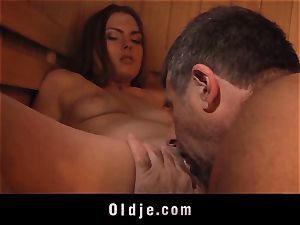 lady vulva romped by grandpa and 69 deepthroat