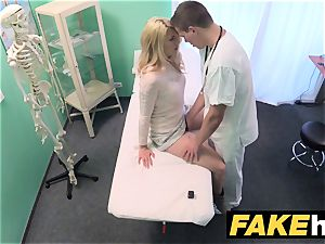 fake polyclinic messy physician gives light-haired Czech babe