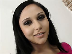 Ariana Marie only hand-job