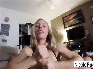Home movie of Nicole Aniston giving a point of view inhale Job