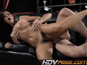 black-haired stunner India Summer porks with enthusiasm in livingroom
