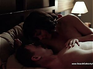 amazing Morena Baccarin looking fantastic bare on film