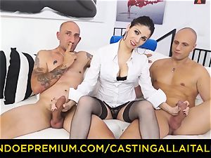 audition ALLA ITALIANA - super-fucking-hot cougar has dual assfuck fun