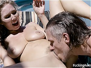 Lena Paul penetrates Her Brothers pal