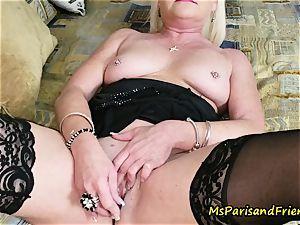 aunt-in-law Paris seduces Her sista