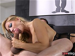 lollipop draining cougar Gets Her booty ravaged