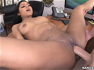 Aaliyah Grey in the casting apartment