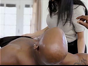 lush Latina preps a ebony impaler for deep intrusion