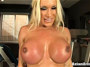 sport model demonstrates and massages her cooter for you