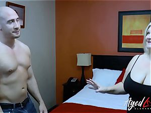 AgedLovE handy stud Seduced by Mature doll