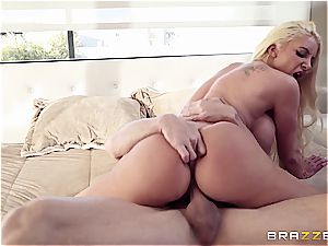 huge-titted cowgirl rails a spectacular stallion
