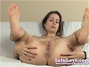 spreading my muff and pucker with lots of feet and...