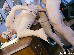 man sausage hungry Lauren Phillips plowed in her ginger vag