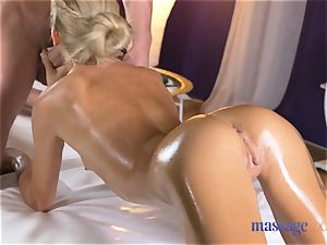 rubdown rooms sizzling thin ash-blonde gives point of view suck off