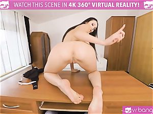 VR porn - Thanksgiving Dinner becomes a kinky threeway