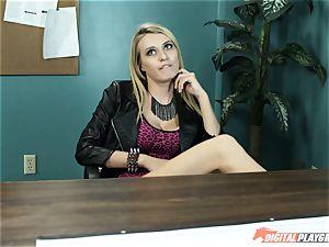 Natalia Starr drills her prospective manager