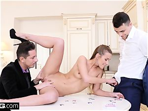 Glamkore Alexis Crystal poker game turns into double penetration