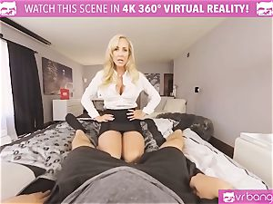 VRBangers.com-MILF is catapulting a vibrator in her cootchie