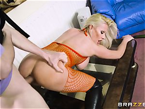 crazy blonde Michelle Thorne drooling on my yam-sized knob